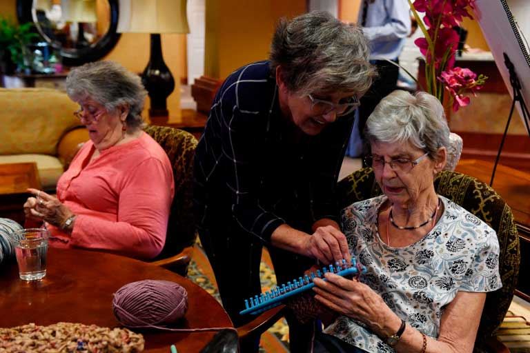 Aurora group knitting and crocheting