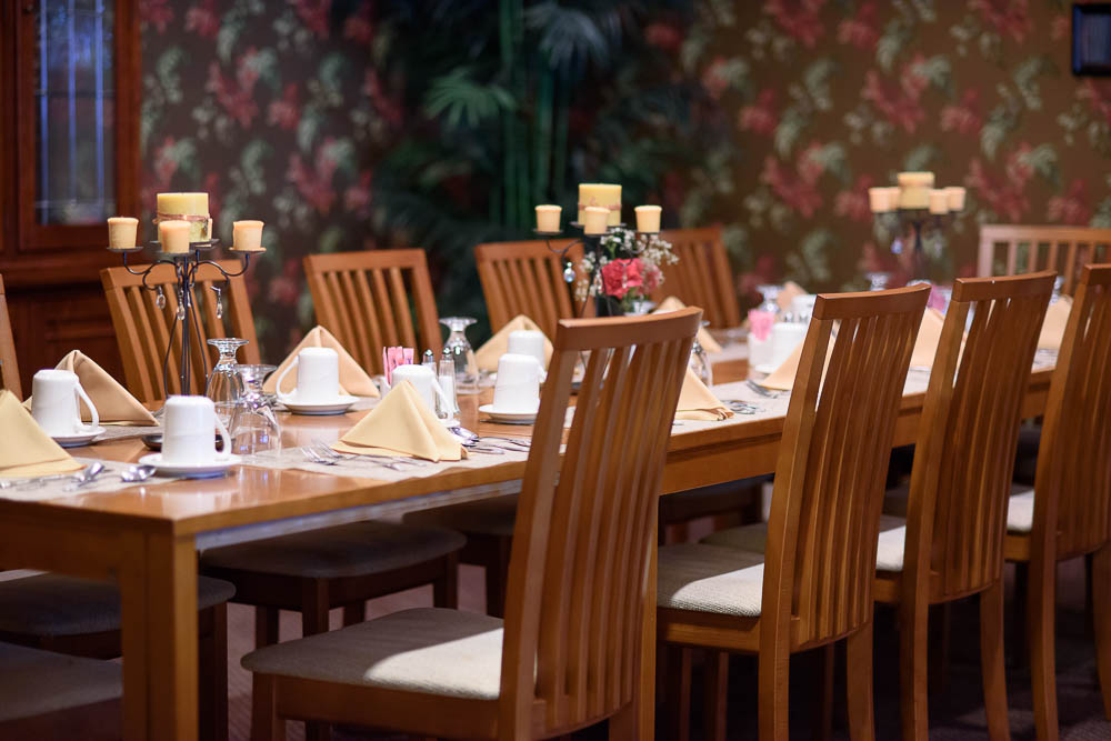 Inn Garden Plaza Private Dining