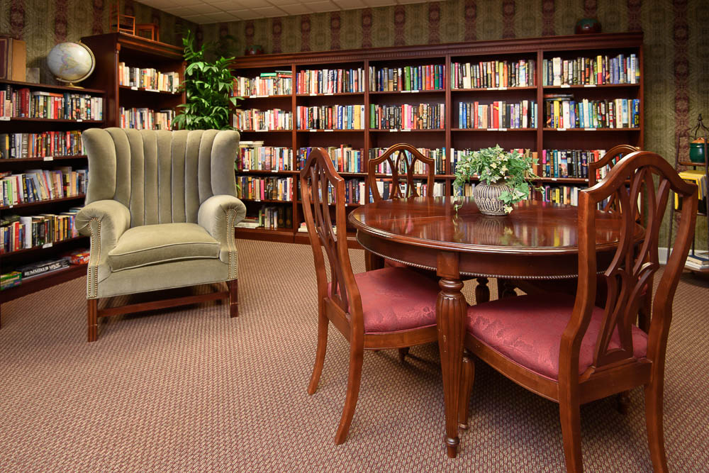Inn Garden Plaza Library